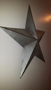 Rustic Metal Barn Star