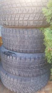 Truck tires 265/65R17