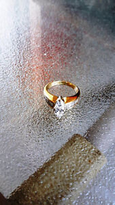 2ct DIAMOND Ring with Baguettes