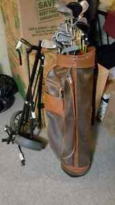 Set of 19 women's golf clubs, bag, and bag cart - Must go!!! Kingston Kingston Area image 2