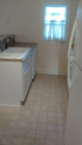 Furnished 3 bdrm house in beautiful Crystal Beach