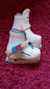 Patin bauer fille 6-7 comme neuf