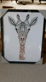 Dunelm Giraffe Picture