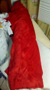 Red fabric (fluffy)