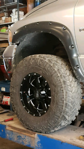 35x12.50 17 Nitto Trail Grapplers Trade For 33's