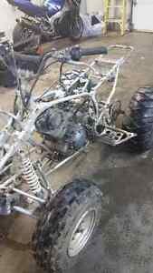 Pieces yamaha warrior 2001