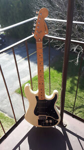 Built in effects Condor vintage Stratocaster