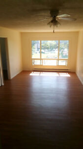 3135 russell st. 2 bdrm, $890/month all inclusive. available Oct