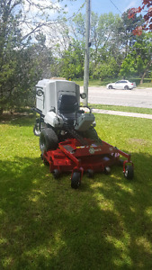 EXMARK FRONT MOUNT COMMERCIAL MOWER
