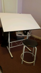Artist Drafting Table