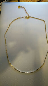 Stella and Dot Crescent Necklace
