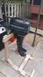 9.8 merc outboard for sale Stratford Kitchener Area image 2