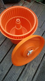 Commercial salad spinner