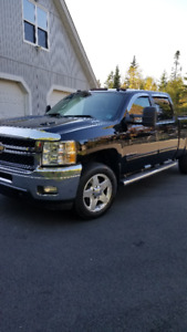 2013 4x4 Silverado diesel for sale