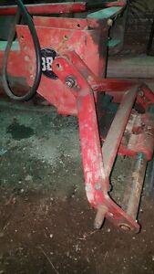 MF 880 5 Furrow 18'' Plow. Kitchener / Waterloo Kitchener Area image 3