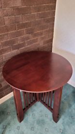 Solid wood side / accent table - American Signiture Furniture brand
