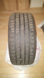 4 pneus hiver 4 winter tires 245 40 18 200$ !!! West Island Greater Montréal image 1