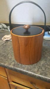 ice bucket with tongs