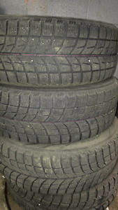 4 bridgestone blizzak winter tires 215/65R16