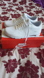 Nike Air Max All White size 9.5