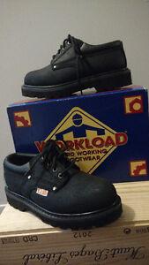 Souliers  de travail  pour femme cap d'acier/ steel-toed boots