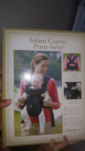 Eddie bauer infant / baby carrier