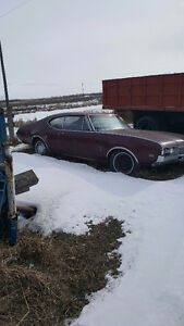 '68 Olds Cutlass parts car or restoration.