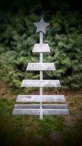 Reclaimed pallet Christmas tree decoration wood sign rustic