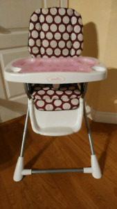 Evenflo folding high chair. -  evenflo chaise haute pliante