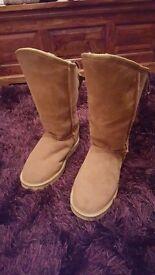 Sheepskin boots size 4