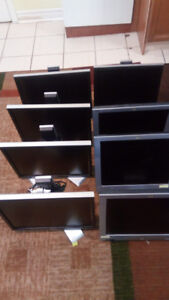 """Old Fully Functional Dell and HP 19"""" Monitors- Open To Offers"""
