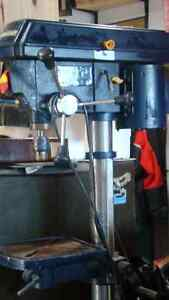 MASTERCRAFT BENCH DRILL PRESS Campbell River Comox Valley Area image 3