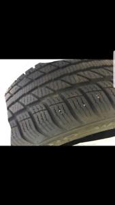 4 pneus d'hiver 225/55R17 comme neuf 380$