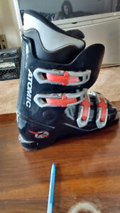 Bike antiques paintings ski boots and more London Ontario image 4