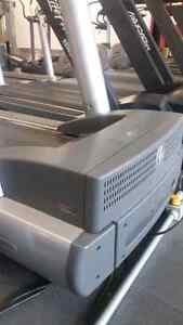 Life Fitness 95Ti commercial treadmill quick sale Kitchener / Waterloo Kitchener Area image 5