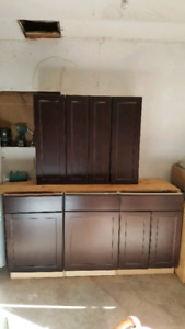 kitchen cabinets ( all new)