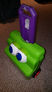 K'nex toys for toddlers with caring case