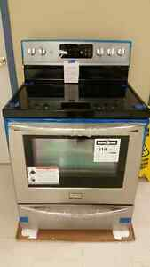 BRAND NEW SMUDGE PROOF CONVECTION STOVE