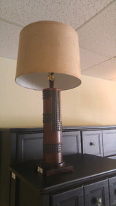 Eh Ashley furniture Lamps (2) 756801