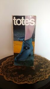 TOTES SUEDE RUBBER PULL-OVER BOOTS