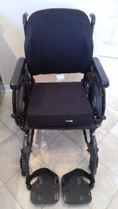 Wheelchair/transport chair, chaise roulante/ transport,Quickie