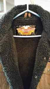 HARLEY DAVIDSON   JACKET SIZE MED TO LARGE