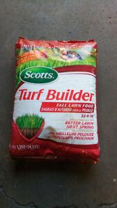 Scott's Turf Builder Fall Lawn Fertilizer