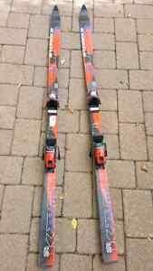 Downhill kastle cap skis ( used )