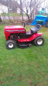 MTD ride on lawn tractor