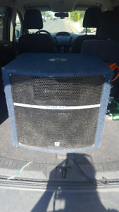 Subwoofer PA bottom with pole mount.
