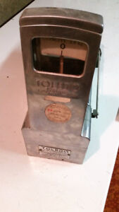 Vintage gram scale - working/accurate