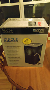 BRAND NEW UNOPENED WATER FILTRATION SYSTEM