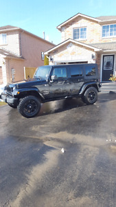 2007 JEEP SAHARA UNLIMITED ONE OWNER!!