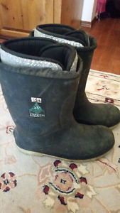 Baffin steel toe work boots Size 14